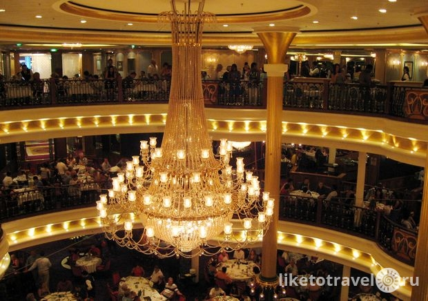 freedom-of-the-seas-restoran